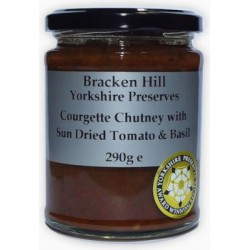 COURGETTE CHUTNEY WITH SUNDRIED TOMATOES (Bracken Hill) 290g