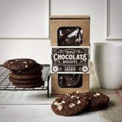 TRIPLE CHOCOLATE BISCUIT BOX (Lottie Shaw's)